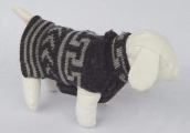 <h5>CAESARS DOG SWEATER</h5>